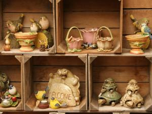 Country Pottery Decorations • Jonestown, Lebanon PA