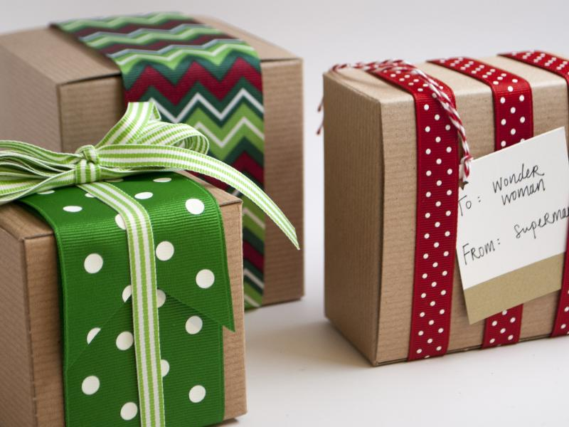 Gift Wrapping • Jono Hardware