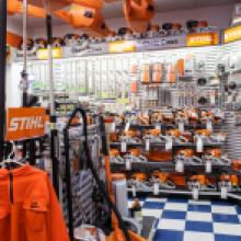 STIHL chainsaws and protection gear